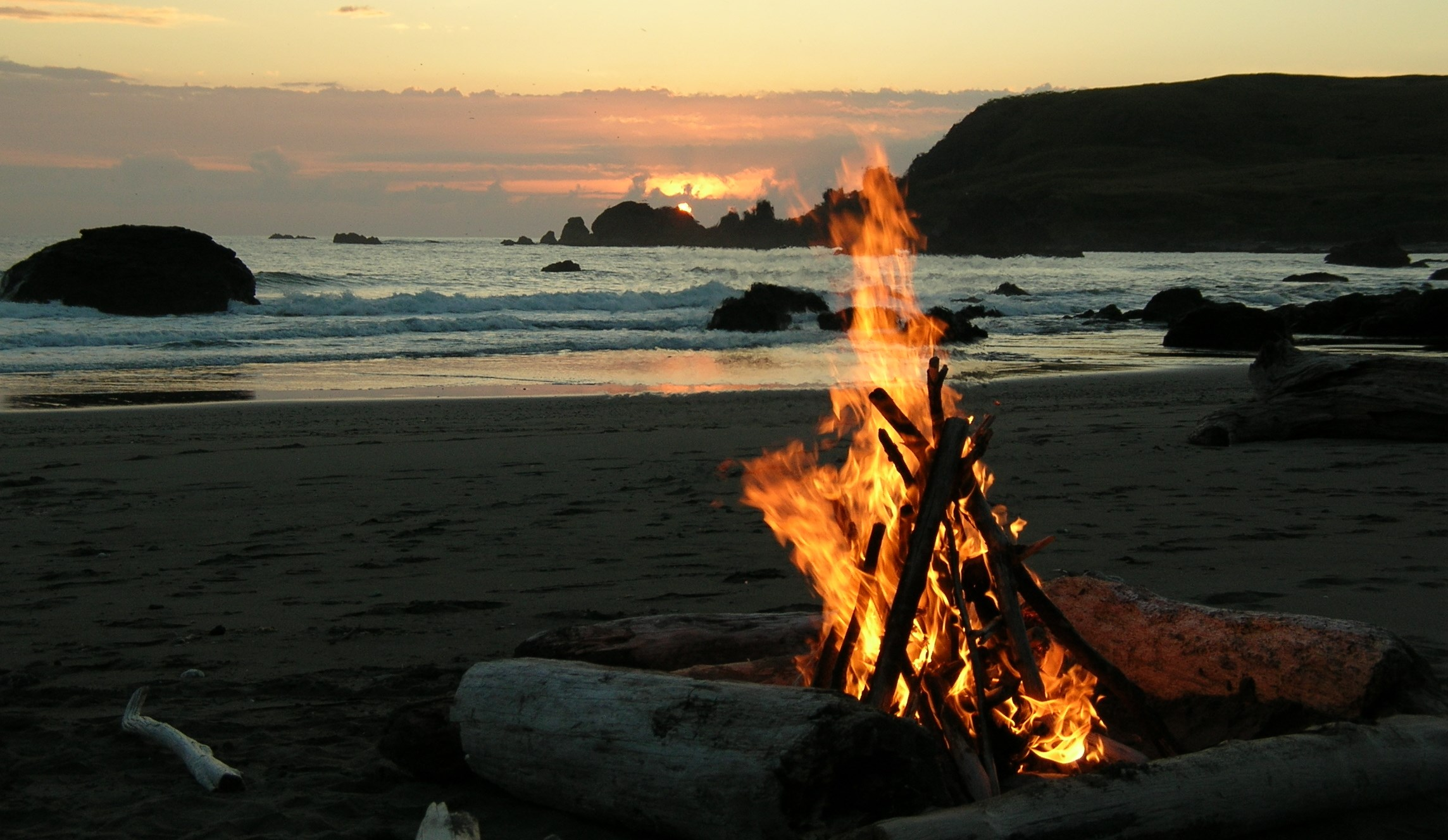 California Beach Bonfire3